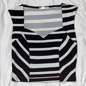 Cropped Tank Black and White
